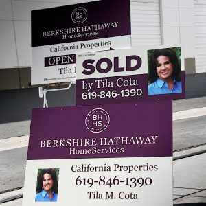 custom promotional real estate signage